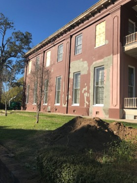Exterior with all First Floor Main House Windows In March 7 2018 (3)