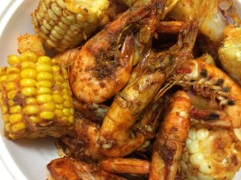 shrimp-boil-with-boiling-crabs-whole-sha-20170614154843550277vxxz0